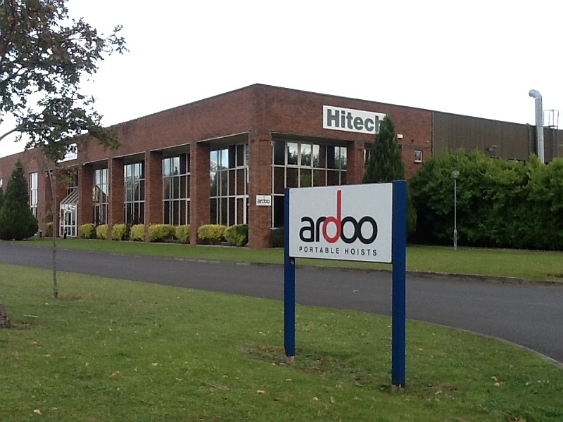 Ardoo Hoists Building Exterior
