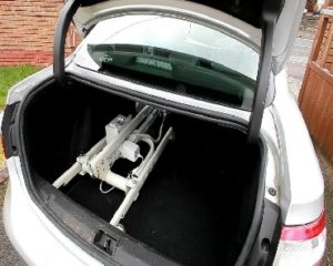Hoist in the boot