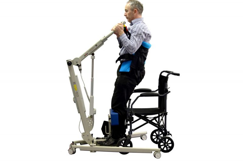 Ardoo Stand Combo Aid Lifting from Wheelchair